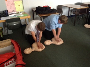CPR traininf for middle boys